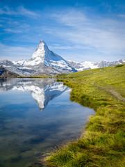 Stellisee und Matterhorn in den Schweizer Alpen, Zermatt, Kanton Wallis, Schweiz