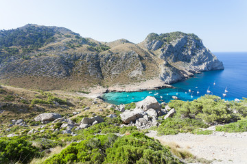 Cala Figuera de Formentor, Mallorca - Hiking through the rocky landscape of Formentor