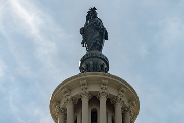 Fotomurales - Washington DC Capitol statue e pluribus unum