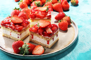 Wall Mural - strawberry cake with fresh strawberries and whipped cream.