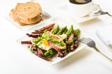 Asparagus with egg and bacon
