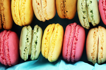 Foto auf Leinwand Macarons Different types of macaroons or macarons in a box