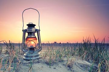 romantische Lampe am Strand