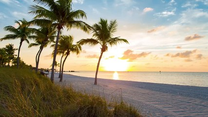 Fototapete - Sunrise on the Smathers beach - Key West, Florida. Raw video source.
