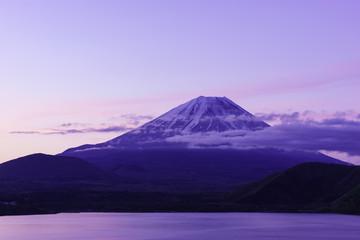 Dawn of Lake Motosuko