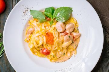 tagliatelli pasta with salmon