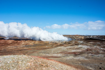 geothermal vulcanic iceland land of ice and fire