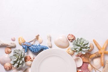 Summer table setting.