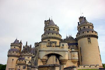 le château de pierrefonds dans l'Oise en Picardie