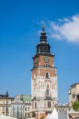 Tour de l'Hôtel de Ville et Place Rynek Głowny à Cracovie