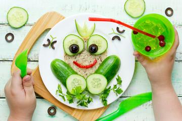 Frog sandwich for kids, animal sandwich
