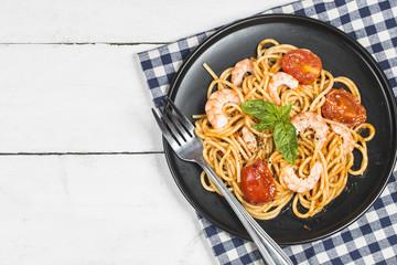 Prawns and spaghetti