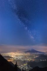 Mountain Fuji and Milkyway at Lake Kawaguchiko in spring season
