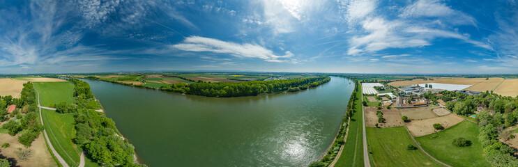 360° Luftbild Panorama - Das Rheinufer zwischen Worms und Ludwigshafen