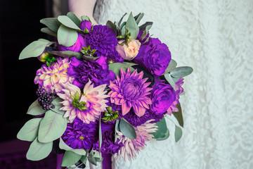 bridal bouquet in violet tones trend in 2018