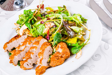 Green salad mix with fried minced beef