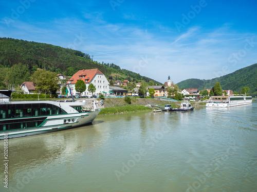 Beste Spielothek in Hoflein an der Donau finden