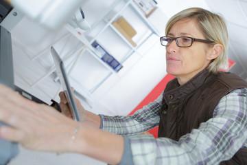 mature repairer fixing printer