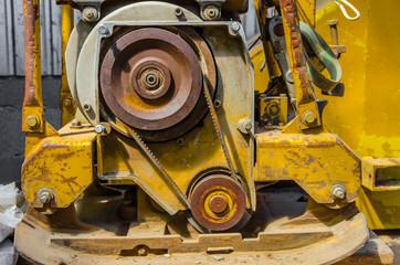 Pulley, gear, wheels, vibration