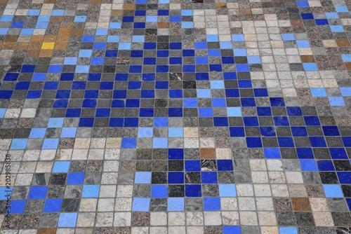 Pavimento di Piastrelle colorate\