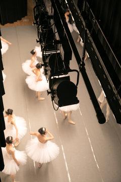 舞台の上から