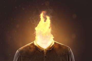 Flamme aus dem Hemdkragen