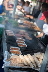 Słowenia  - 22 sierpnia 2017: Kuchnie na otwartym powietrzu w Ljubliana w sierpniowy, słoneczny dzień