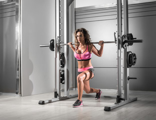 Lunges at Smith machine