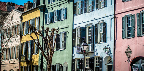 rainbow row street in charleston south carolina