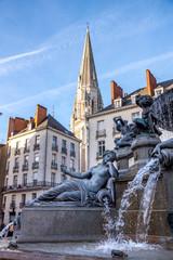 Spoed Fotobehang Fontaine Fontaine de la place royale, Nantes