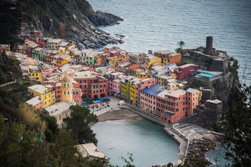 vernazza froem above