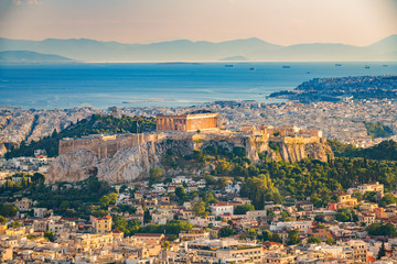 Spoed Fotobehang Athene Panoramic aerial view of Athens, Greece at summer day