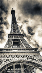 Fototapete - Spectacular view of Tour Eiffel structure on a beautiful sunny day. Eiffel Tower under blue sky, Paris