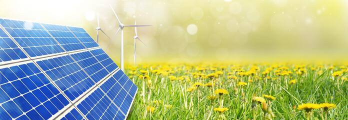 Eneuerbare Energien - Solarenergie und Windkraft Panorama