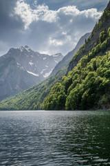 Gebirge am See