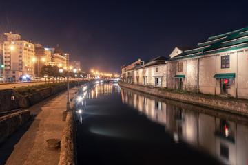小樽運河の夜景 / 北海道の観光シーズン