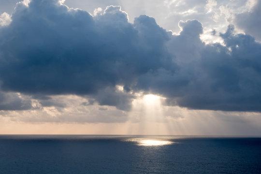 Light Funnel Cancun