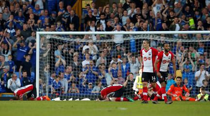 Premier League - Everton vs Southampton