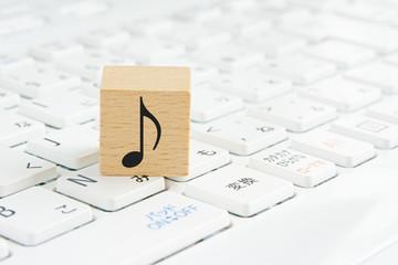 ♪ Music