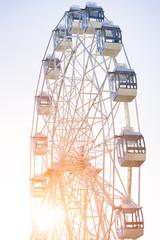 Ferris wheel, sun
