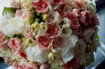 Foto op Canvas Lelie bouquet of the bride in pink. Wedding floristry.