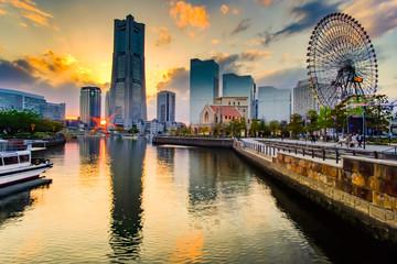 Fototapete - Cityscape of Yokohama Minato Mirai at sunset. Japan  landmark and popular for tourist attractions
