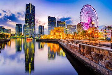 Fototapete - Cityscape of Yokohama Minato Mirai at night. Japan  landmark and popular for tourist attractions
