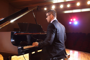 Piano player playing