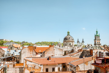 Fototapete - Cityscape view on the old town of Lviv city, Ukraine