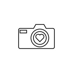 camera with heart icon. Element of wedding for mobile concept and web apps illustration. Thin line icon for website design and development, app development. Premium icon