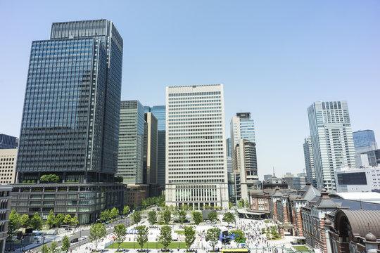 晴天の東京 丸の内 東京駅
