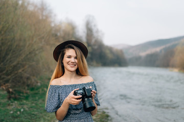 Blogger photographer while traveling the world