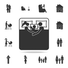 Couple with baby in bed icon. Detailed set of family icons. Premium graphic design. One of the collection icons for websites, web design, mobile app