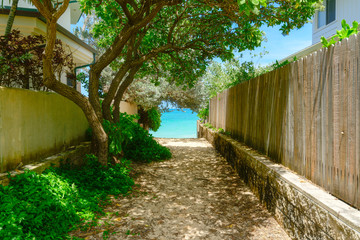 The alley which spreads out in the Lanikai beach